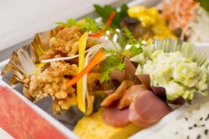 鶏南蛮の彩り弁当